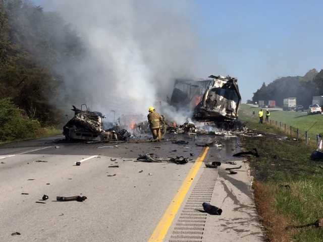 1 hurt in fiery I-70 crash in Clay County