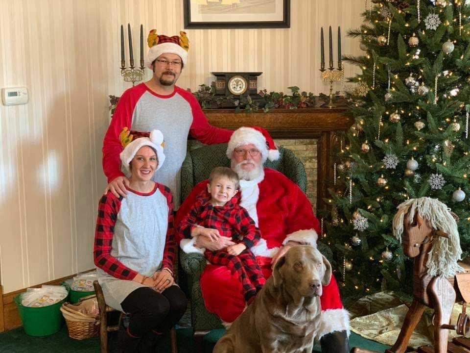 Funeral home makes Christmas fun with a visit from Santa