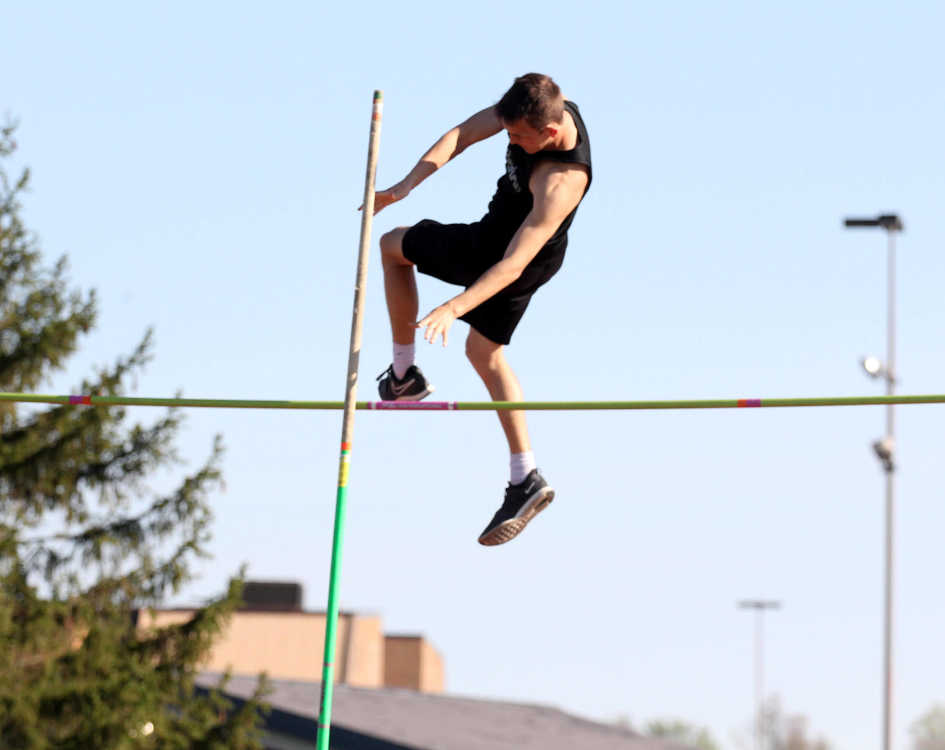 Northview boys and girls claim three-way track and field wins