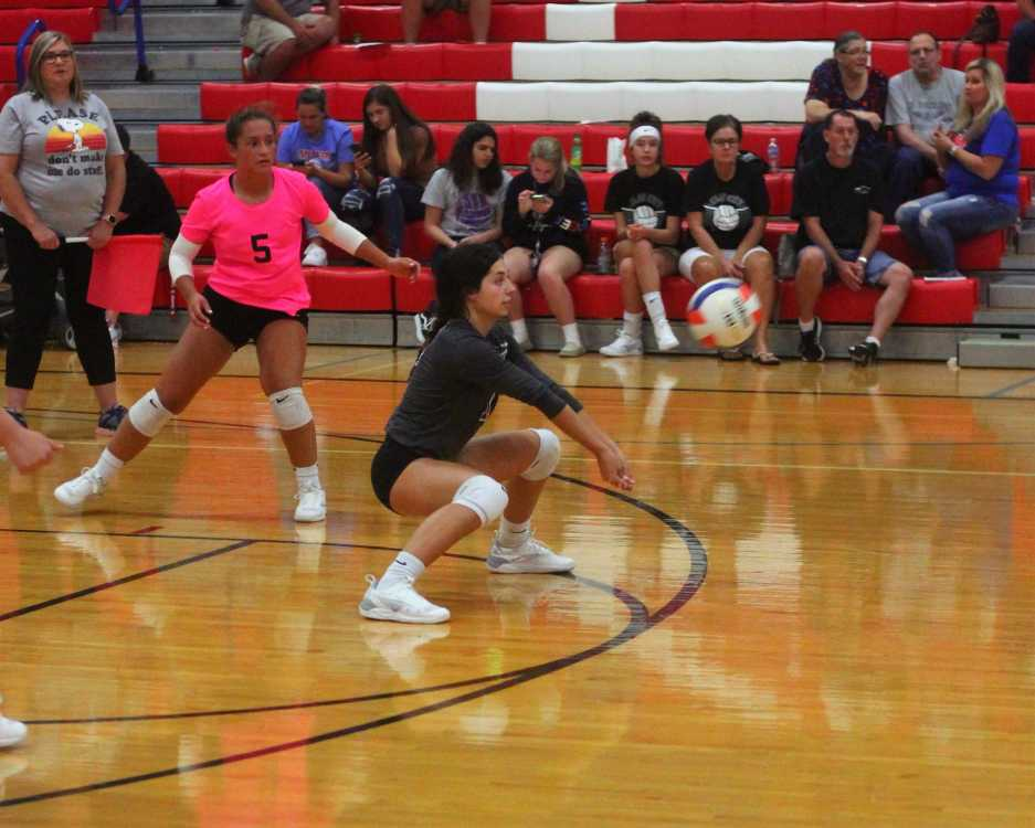 Lady Miner spikers sweep Clay City