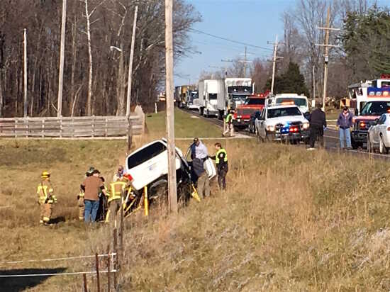 Local News: Friday accident halts traffic on SR 59 (12/7/18