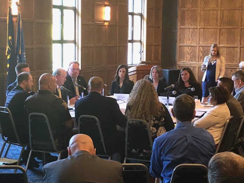 Prosecutor participates in roundtable on drug crisis
