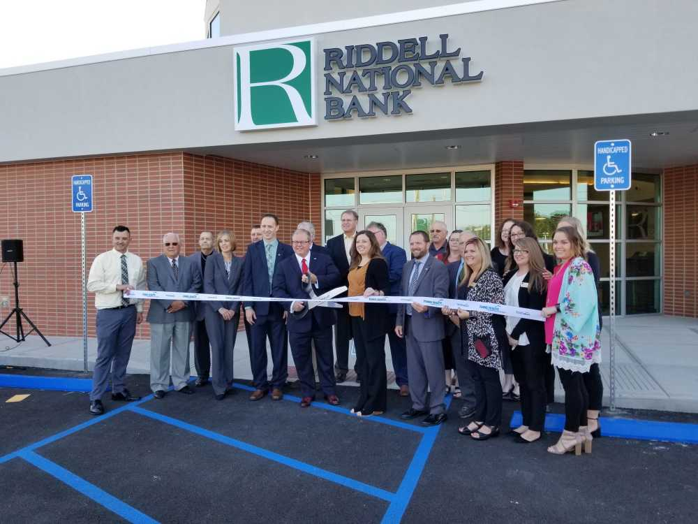 Clay County bank opens new branch in Terre Haute